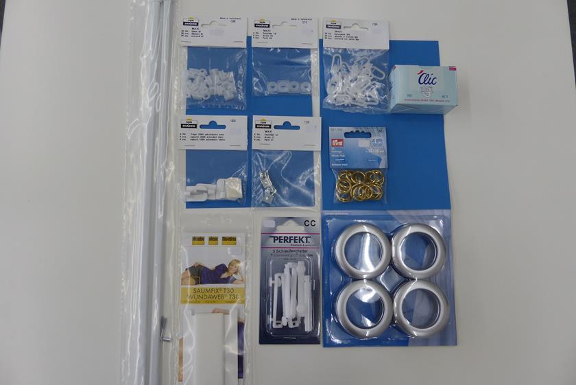 vorh nge aufh ngen mit gleiter ringe stangen. Black Bedroom Furniture Sets. Home Design Ideas